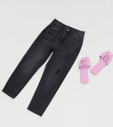 Vero Moda Petite mom jeans with high waist in black